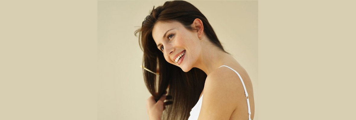 8 TIPS FOR HEALTHIER HAIR THE NATURAL WAY