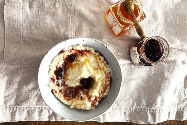 Rizogalo me meli (rice pudding with honey) by Vikki & Helena