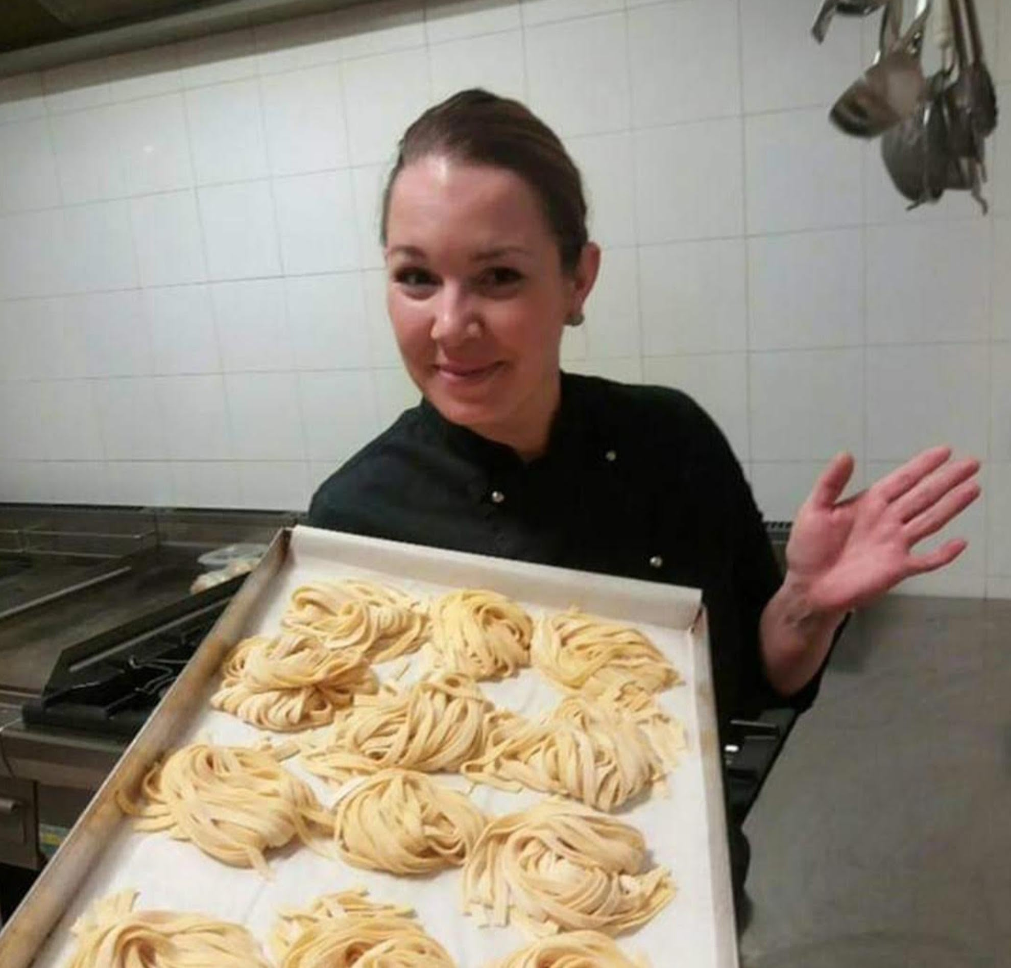 Kara private chef makes truffle sausages with best black truffle oil in Australia.