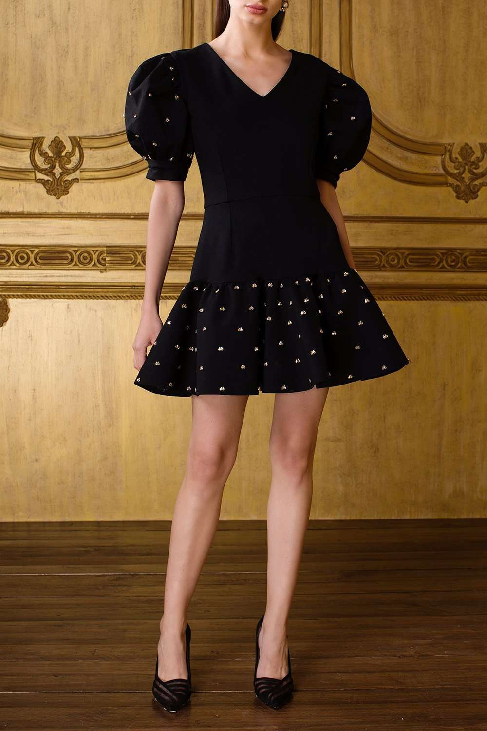 Balloon Sleeved Black Structured Dress