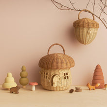 Load image into Gallery viewer, Olli Ella Rattan Acorn Bag