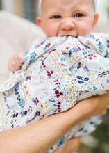 Load image into Gallery viewer, Loulou Lollipop Swaddle - Fair Isle