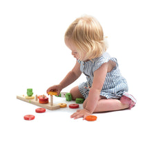 Load image into Gallery viewer, Tenderleaf Toys Counting Carrots