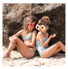 Load image into Gallery viewer, Sunnylife Daisy Kids Sunnies