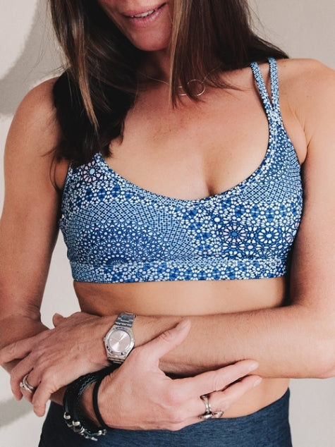 Infusion Sports Bra front Lorna Jane Brussels We're Just 4 Girls