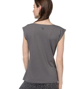 Yoga Tee Free Spirit back Urban Goddess Brussels La Woman Touch