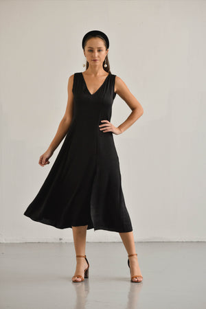 BLACK SLIT DRESS DIANA