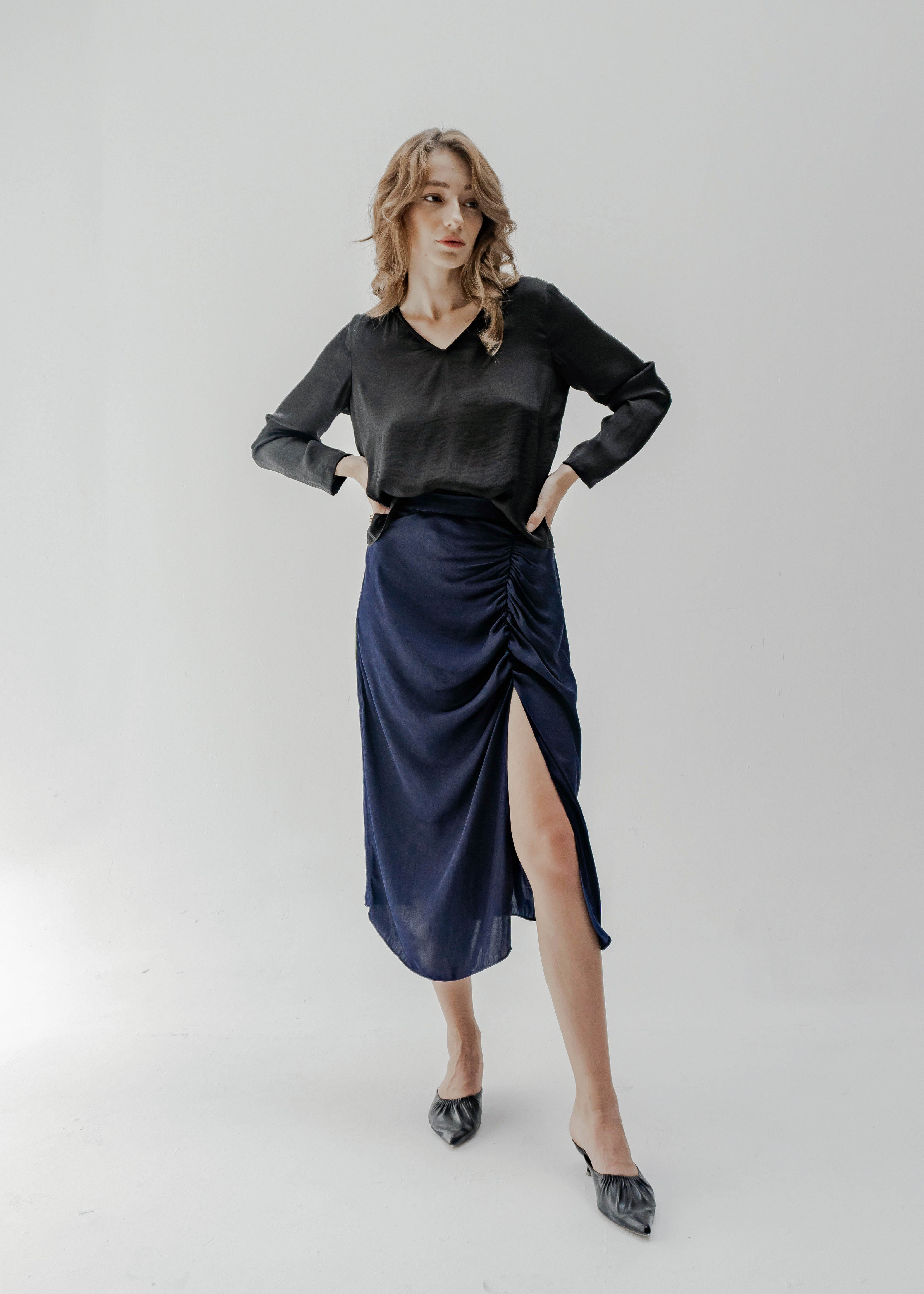 RUCHED MIDI SKIRT