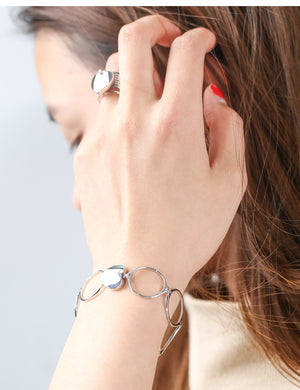 Retractable Bracelet Ring