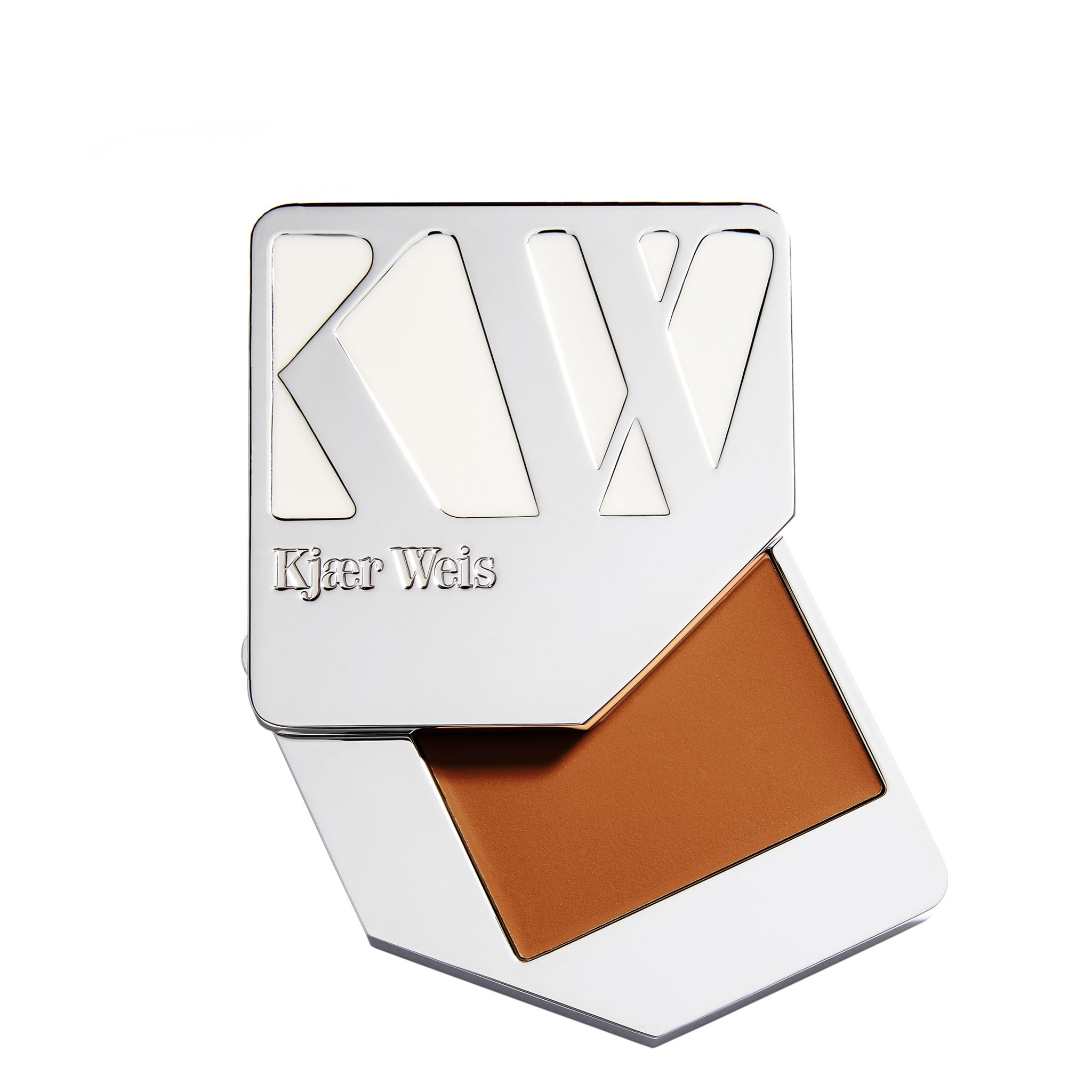 Kjaer Weis Cream Foundation Flawless