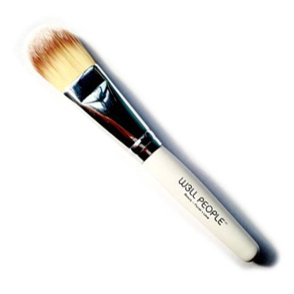 W3LL PEOPLE Basic Foundation Brush
