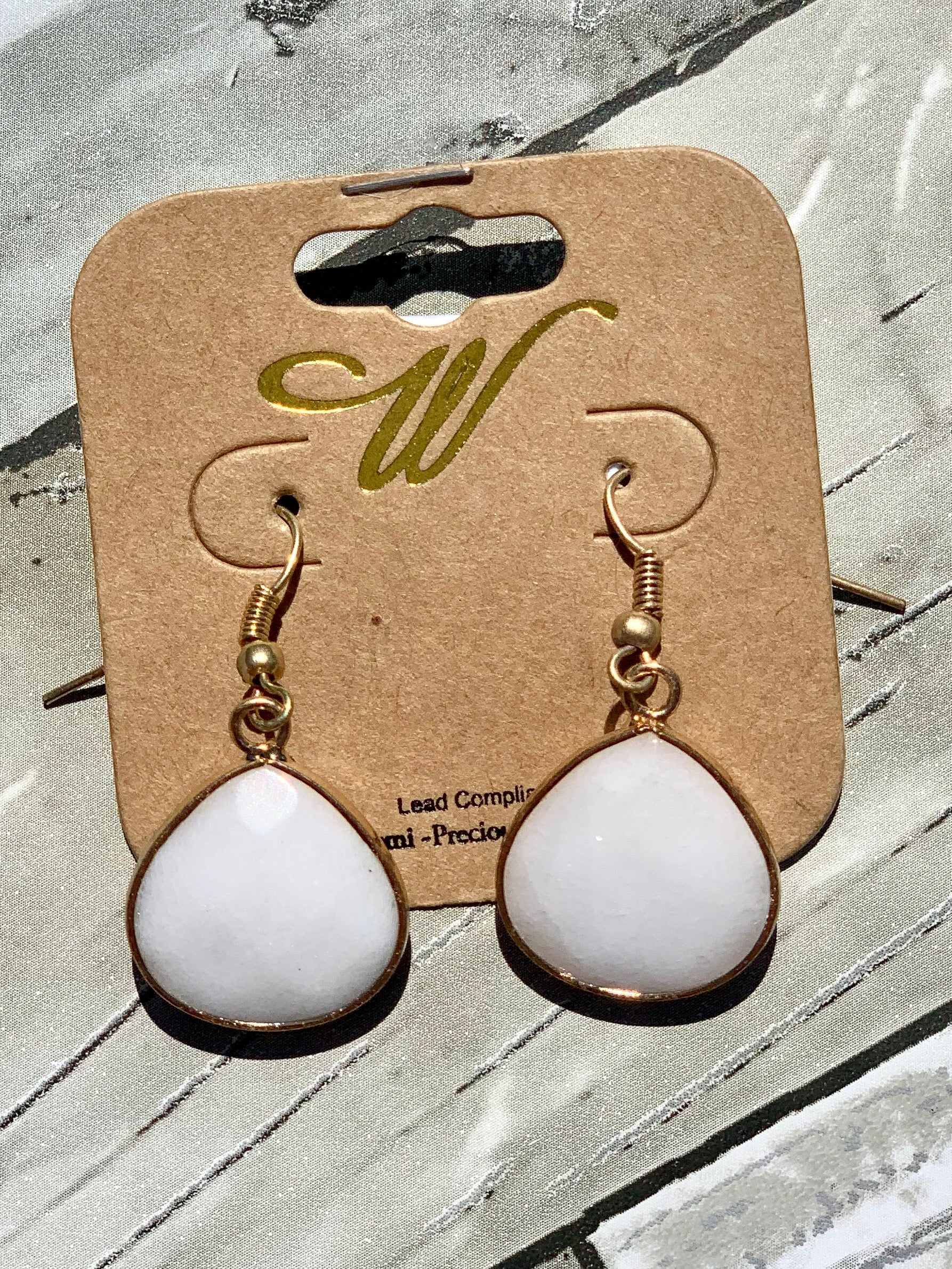 Off-White & Gold Dangle Earrings - B Three Boutique
