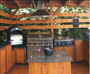 The Duetto Dual Burner Turntable Gas Fired Pizza Oven by Fornoteca makes a great additional to your outdoor kitchen