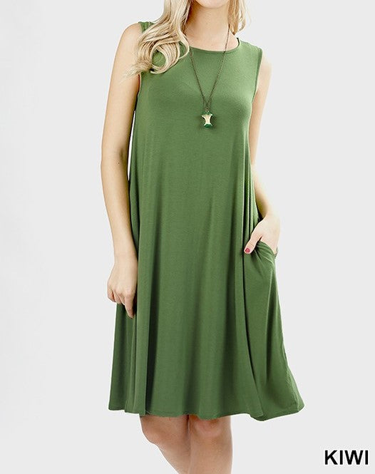 Flared dress with side pockets