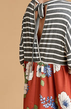 Load image into Gallery viewer, Back Tie Stripe and Floral Top