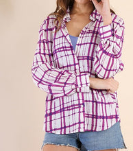 Load image into Gallery viewer, Plaid long sleeve button up