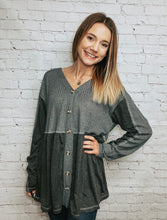Load image into Gallery viewer, Missy button down knit top