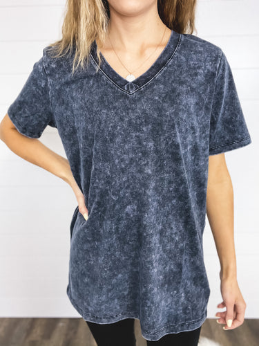 V-neck Mineral Washed Top