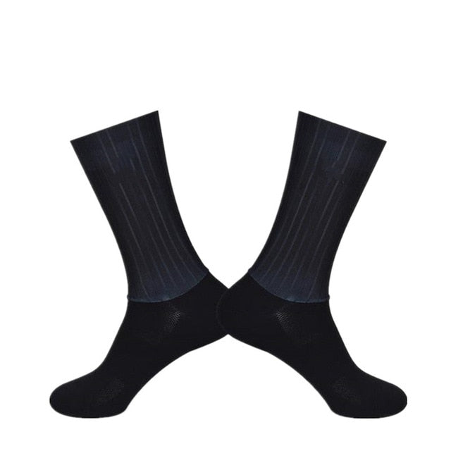 New Summer Breathable Cycling Socks Men Women Anti Slip Silicone Seamless Aero Socks Wearproof Road Bike Socks Ciclismo