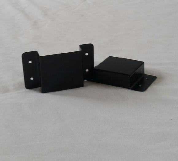 K&S Set of Two Brackets