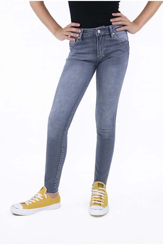 TR Mid Rise Jeans
