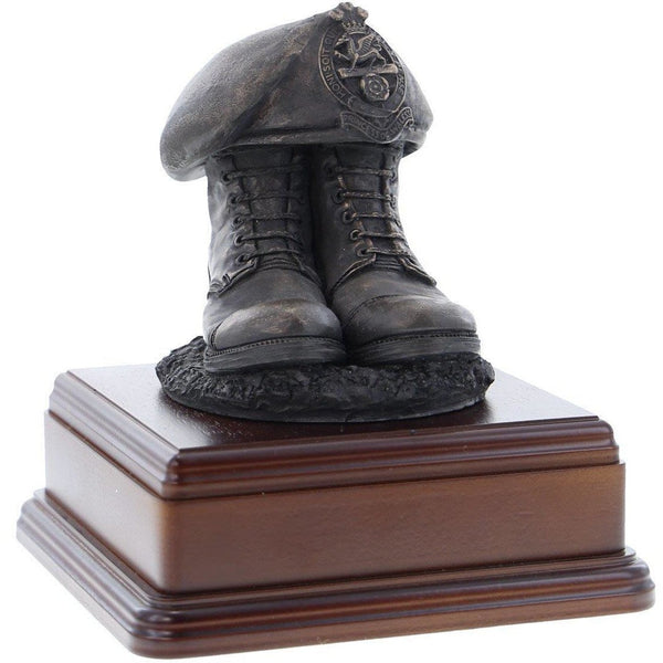 Princess of Wales's Royal Regiment Boots and Beret Boots & Beret Bronze with Square Base