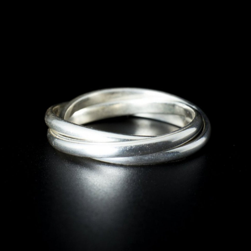 """Elegant Wedder"" Ring"