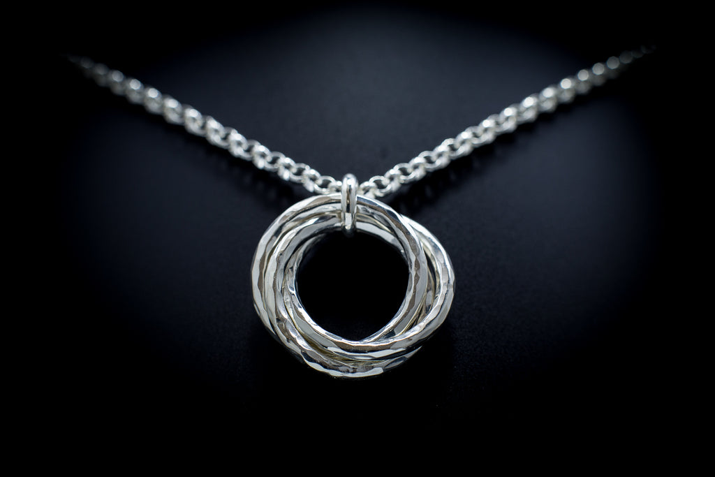 """Oasis Round"" Helix Necklace"
