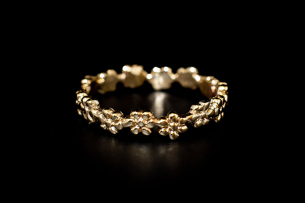 """Daisy Chain"" 9ct Gold Ring"