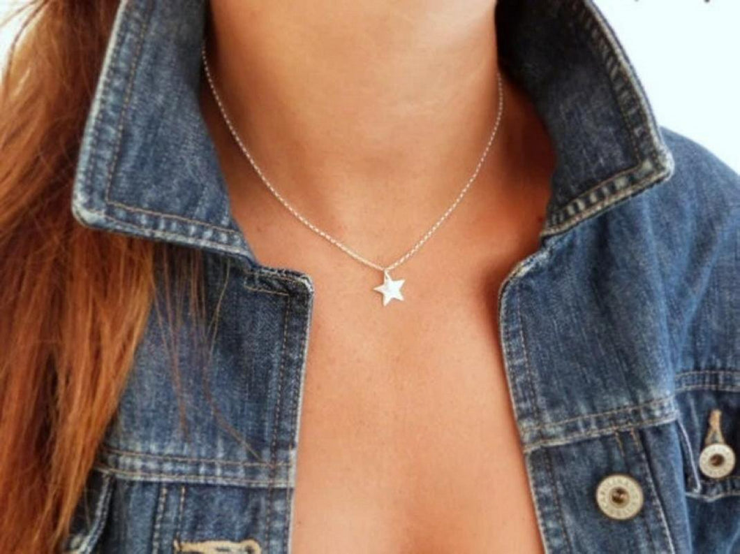 Minamalist Star Pendant Necklace