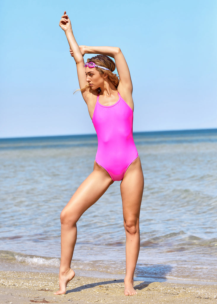 Freestyle Women's One Piece Swimsuit in Hot Pink
