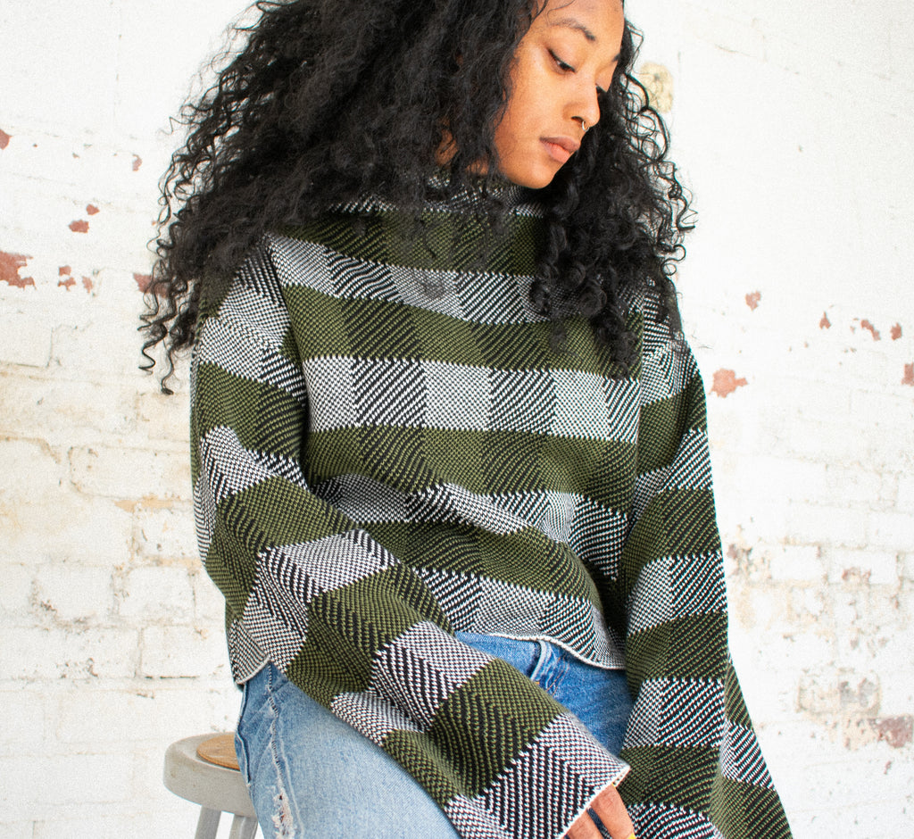 Cropped Bell Sleeve Jumper - Leo Collective