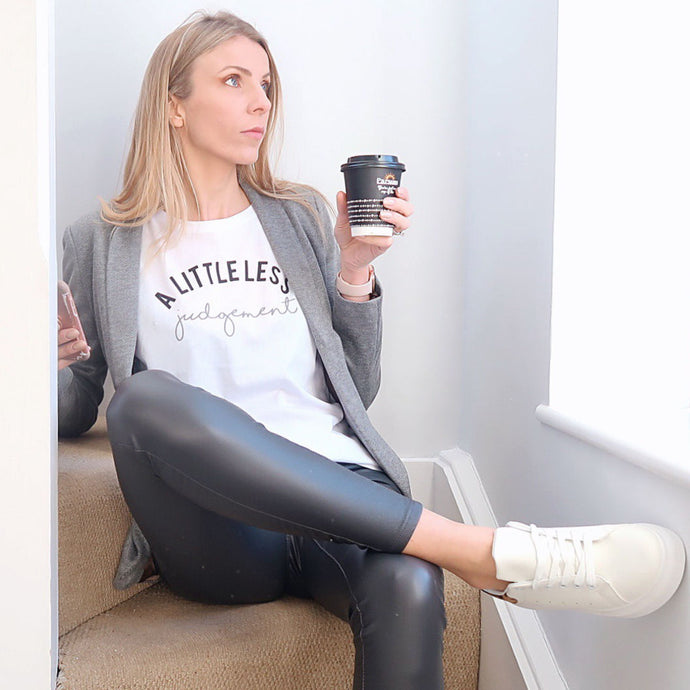 10 WAYS TO STYLE LEATHER LEGGINGS IN 2019