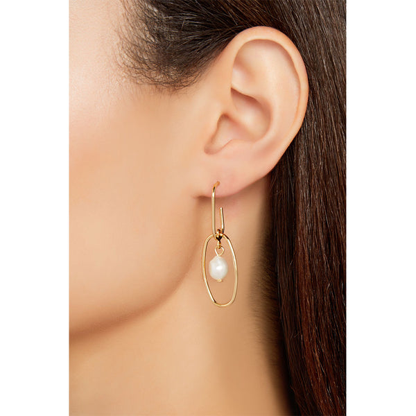 THE TROPEZ PEARL EARRING