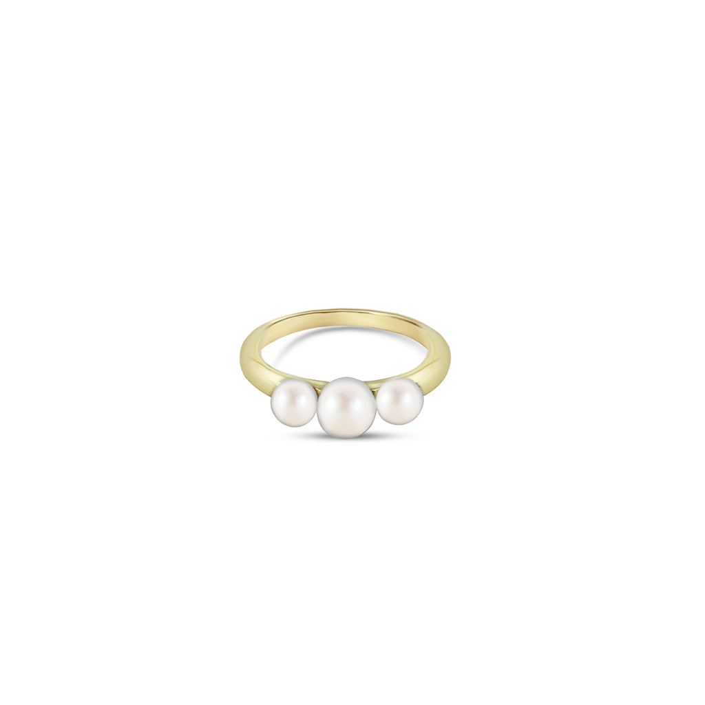 THE TRIPLE PEARL RING