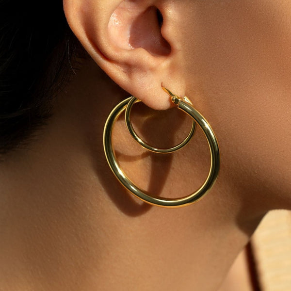 THE THICK DOUBLE HOOP EARRING