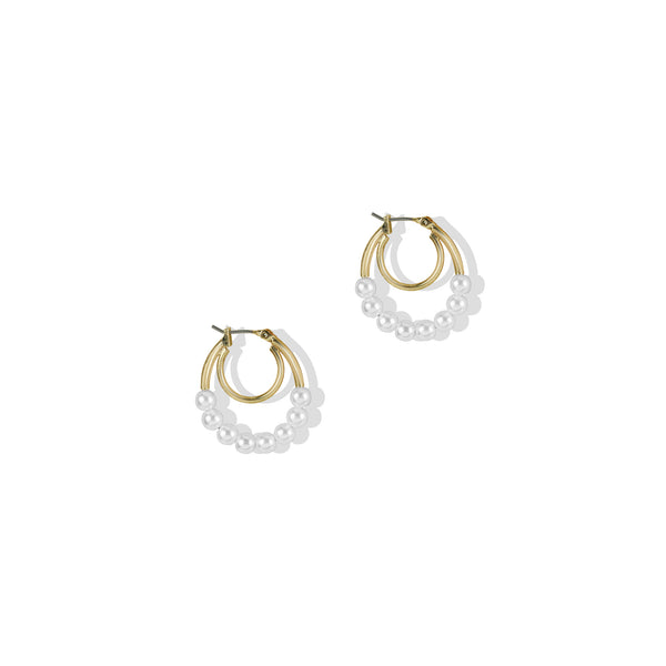 THE ALESSA PEARL EARRING
