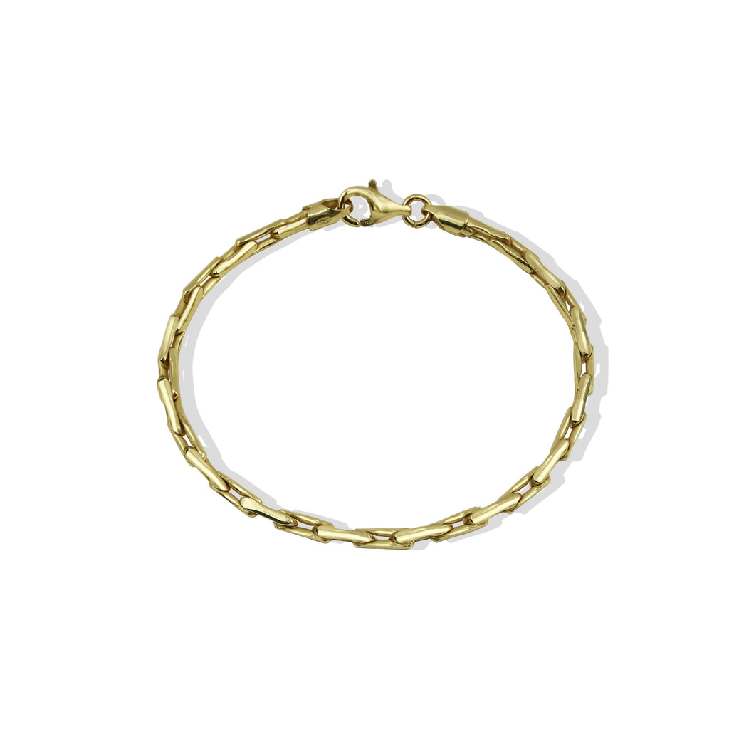 THE LINKED BRACELET
