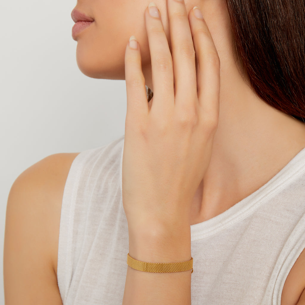 THE TEXTURED BAND BRACELET