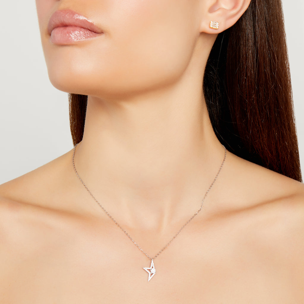 THE HALF STAR NECKLACE