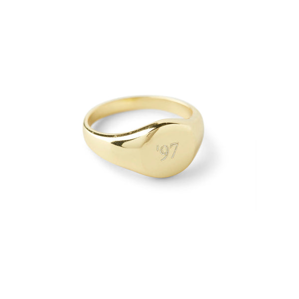 THE PERSONALIZED SIGNET RING