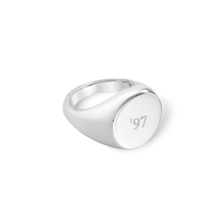 THE PERSONALIZED ROUND PINKY RING