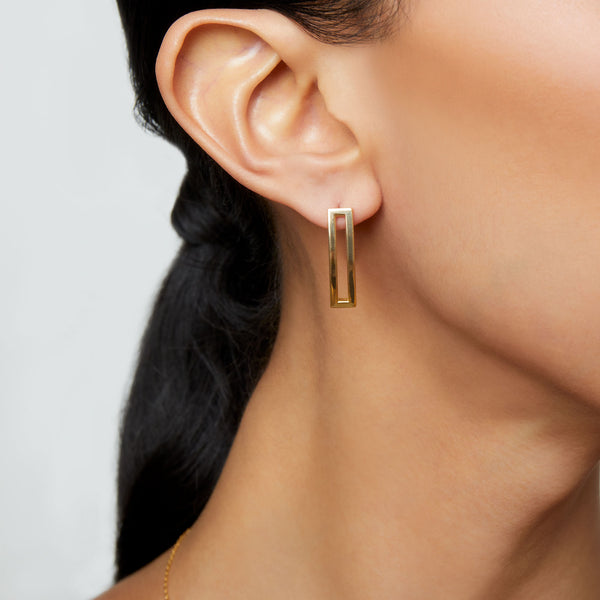 THE DOUBLE BAR EARRING