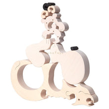 Load image into Gallery viewer, Fauna Polar Bear & Cubs Fauna wooden puzzle 10 pieces