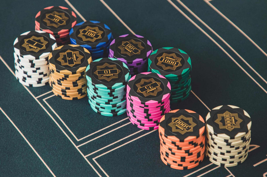 Clay Poker Chips with Denomination| Professional Poker Supplies - SLOWPLAY
