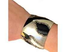 Load image into Gallery viewer, NEW! Black & Gold Cuff