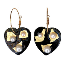 Load image into Gallery viewer, Black Heart Pearl Hoops