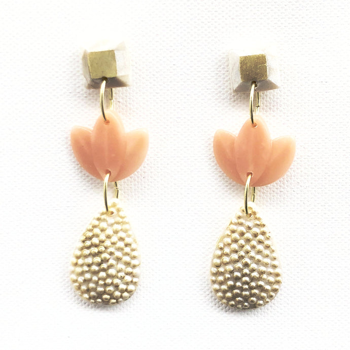 Large Pearl Teardrop - Three Tier - Pearl & Gold Square Stud