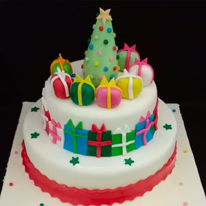 Christmas Theme Cake - LayerBite