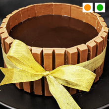 Load image into Gallery viewer, KitKat Chocolate Cake cake 100% FRESH CAKE | FREE DELIVERY